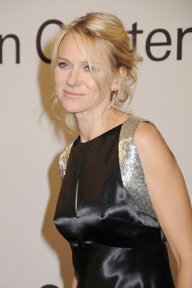 More Pics of Naomi Watts Bobby Pinned updo (1 of 7) - Naomi Watts Lookbook - StyleBistro