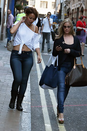 Heidi Range was out in SoHo shopping in a jeans and blazer ensemble finished with a pair of peep-toe wedges.