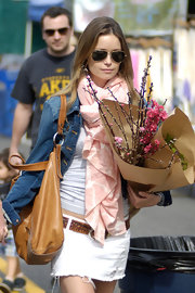 Summer Glau paired her cute summer outfit with a tan leather shoulder bag, while out at the farmers market with boyfriend,