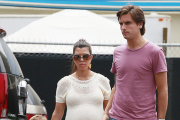 Kourtney Kardashian and Family in Malibu (Pictures)