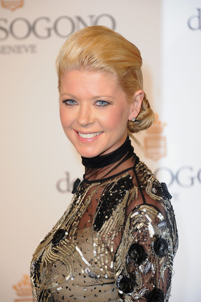Tara Reid Twisted Bun
