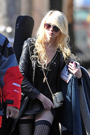 Taylor Momsen's bleach-blonde extensions give the actress the grunge look she loves.