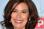 Teri Hatcher Short Wavy Cut