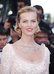 Eva Herzigova attended the Cannes Film Festival opening ceremony wearing an 18-carat white gold necklace set with diamond beads, heart-shaped diamonds and round diamonds along with a pair of coordinating earrings.