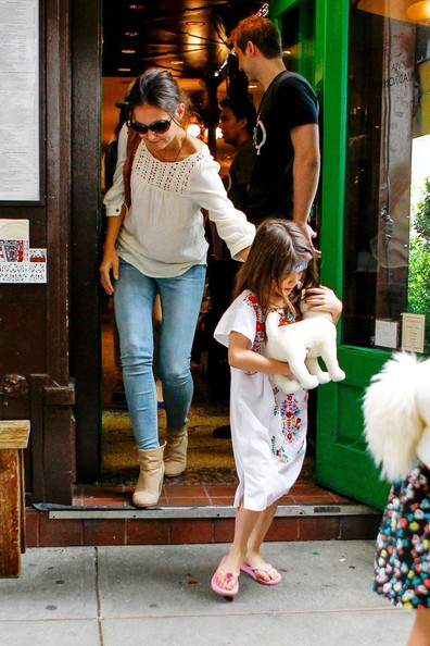 Katie Holmes and Suri at the Children's Museum of the Arts