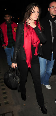 Danielle Lloyd looked chic carrying a luxe black leather tote.