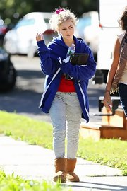 "In between takes on the set of ""The Carrie Diaries,"" Annasophia was found lounging around in these cozy sweats."