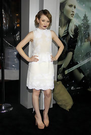 Emily was sweet and lacy in an embroidered white frock with a back train for the 'Sucker Punch' premiere.