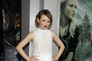 Emily Browning Is Stunning in a Lace Erdem Cocktail Dress