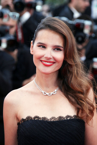 Virginie Ledoyen Side Sweep