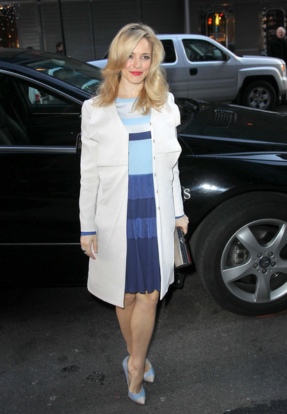 More Pics of Rachel McAdams Trenchcoat (1 of 14) - Rachel McAdams Lookbook - StyleBistro