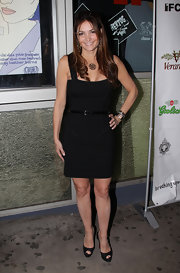 Beth Shak finished off her all-black look with classic Christian Louboutin peep-toe pumps.