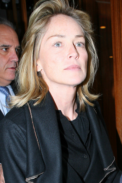 http://www3.pictures.stylebistro.com/pc/bare+faced+Sharon+Stone+son+Quinn+Kelly+leave+Nvnbrcxrp2bl.jpg