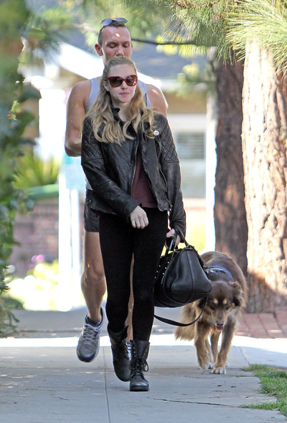 More Pics of Amanda Seyfried Leather Jacket (1 of 20) - Amanda Seyfried Lookbook - StyleBistro