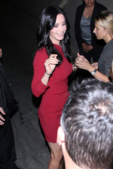More Pics of Courteney Cox Long Wavy Cut (1 of 10) - Courteney Cox Lookbook - StyleBistro