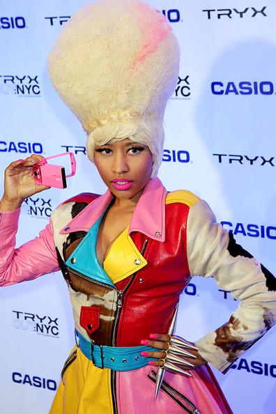 Nicki Minaj showed off her love of all things pink with hot pink nails.