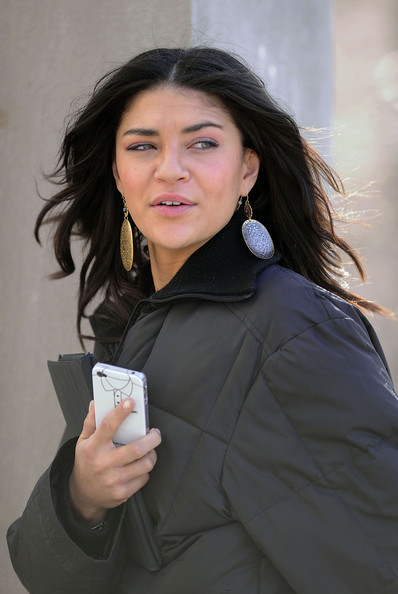 More Pics of Jessica Szohr Gold Dangle Earrings (1 of 7) - Jessica Szohr Lookbook - StyleBistro