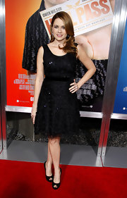 Jenna sparkled at the premiere of 'Hall Pass' in a classic LBD.