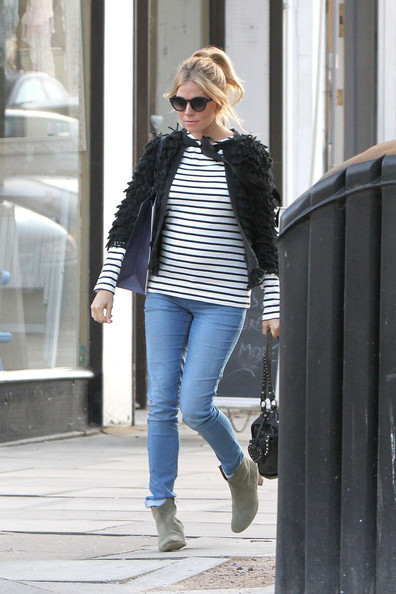 More Pics of Sienna Miller Cardigan (4 of 17) - Sienna Miller Lookbook - StyleBistro
