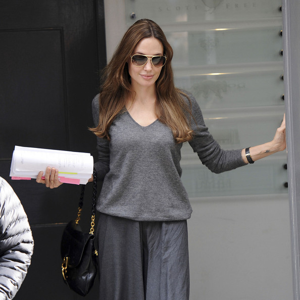 More Pics of Angelina Jolie Aviator Sunglasses (1 of 13) - Angelina Jolie Lookbook - StyleBistro
