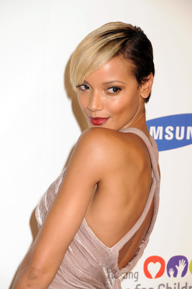 More Pics of Selita Ebanks Red Lipstick (1 of 13) - Selita Ebanks Lookbook - StyleBistro