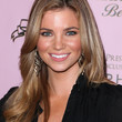 Amber Lancaster Layered Cut