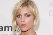 Anja Rubik Short Side Part