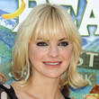 Anna Faris Hair - Medium Curls with Bangs