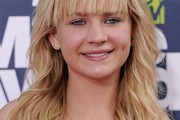 Britt Robertson Long Wavy Cut with Bangs