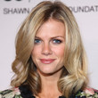 Brooklyn Decker Hair - Medium Wavy Cut