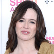 Emily Mortimer Hair - Medium Wavy Cut