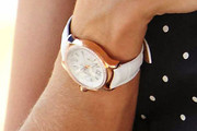 Eva Mendes Leather Band Quartz Watch