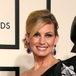 Faith Hill Hair - Classic Bun
