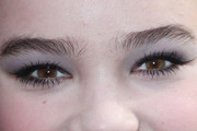 Hailee Steinfeld Neutral Eyeshadow