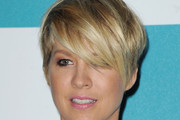 Jenna Elfman Layered Razor Cut