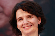 Juliette Binoche Short Wavy Cut