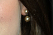 Kat Dennings Dangling Pearl Earrings