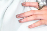 Kate Beckinsale Neutral Nail Polish