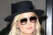 Kate Hudson Dress Hats
