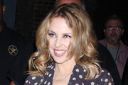 Kylie Minogue Medium Wavy Cut