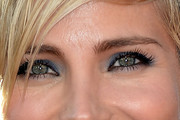 Elsa Pataky Bright Eyeshadow