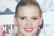 Lara Stone Long Hairstyles