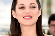 Marion Cotillard Shoulder Length Hairstyles