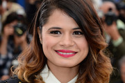 Melonie Diaz Medium Wavy Cut