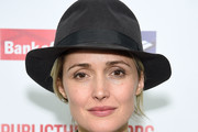 Rose Byrne Dress Hats