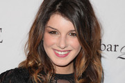Shenae Grimes Medium Wavy Cut