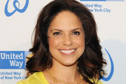 Soledad O'Brien Medium Wavy Cut