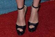 Suki Waterhouse Heels