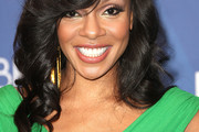 Wendy Raquel Robinson Long Wavy Cut with Bangs