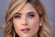 Ashley Benson Short Wavy Cut